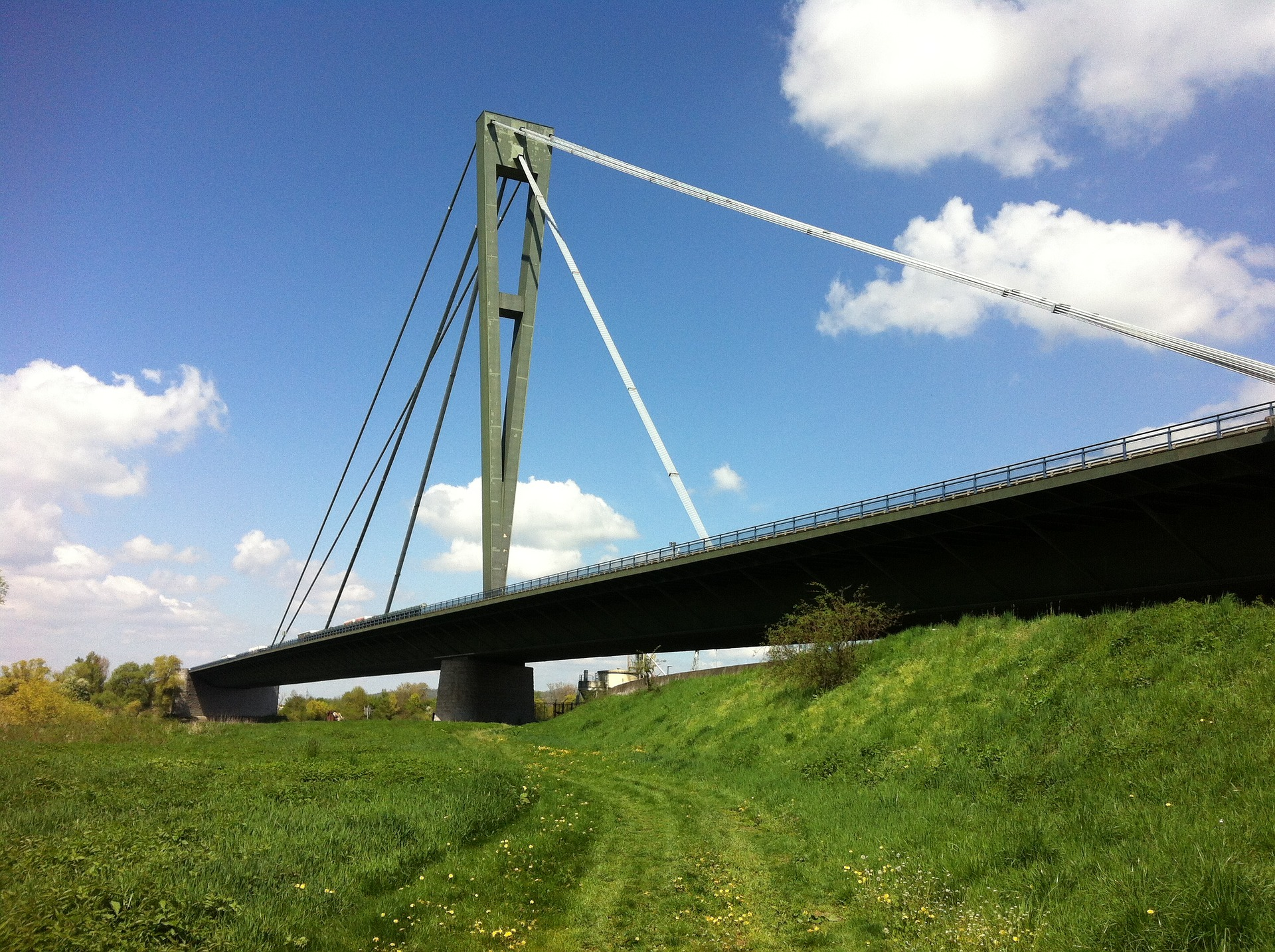 Donaubrücke In Deggendorf